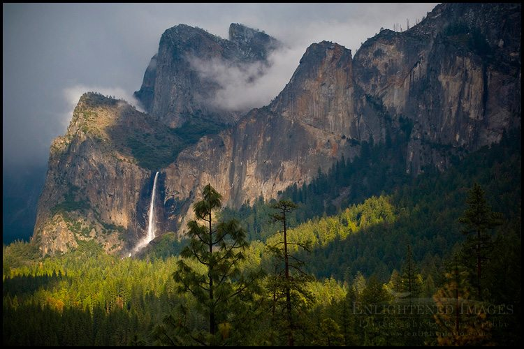 http://enlightphoto.com/photo-info/vly22578-sunlight-bridalveil-fall-yosemite-valley-photo.html