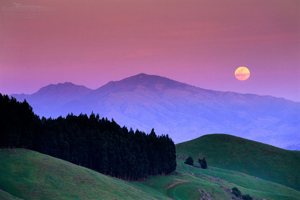 Photo: Full moon rising at sunset over Mt. Diablo from the Orinda Hills, Contra Costa County, California