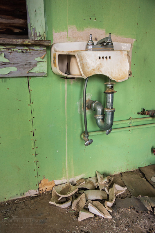 Photo: Broken sink in cabin at the Eureka Mine, Harrisburg, Death Valley National Park, California