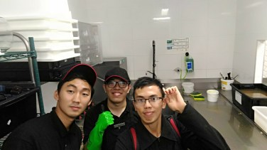 From left: Kahn, Risky (my fellow Indonesian WHV friend)