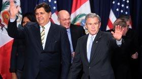 Alan García y George Bush
