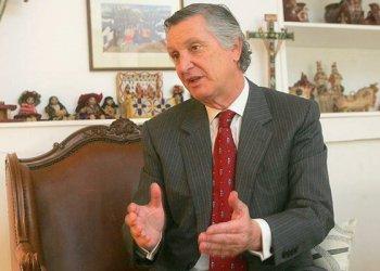 Embajador Carlos Pareja (Emol)