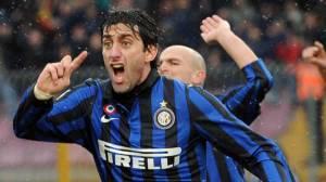 Diego Milito fue protagonista en la fecha adelantada del calcio tras anotar 4 goles
