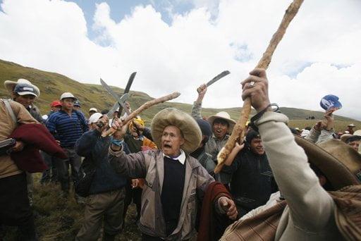 Radicales retienen a trabajadores de Conga (Foto: Internet)