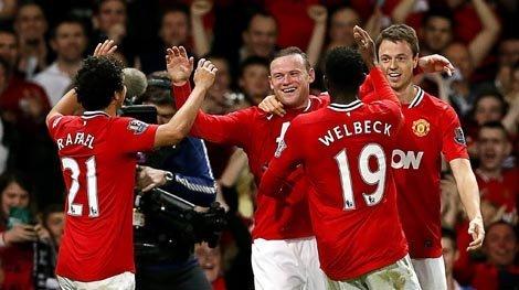 Manchester United lidera la Premier League al derrotar al Fulham con gol de Rooney