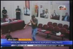 Antauro Humala muestra lesiones en la Base Naval del Callao