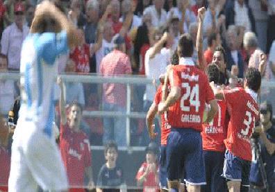 Independiente celebró ante su clásico rival Racing