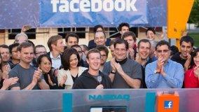Facebook celebró su ingreso a la Bolsa