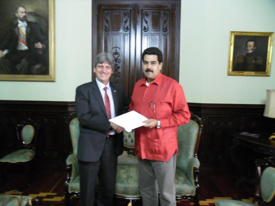 Luis Enrique Raygada Souza Ferreira