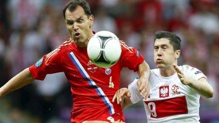 Polonia y Rusia empataron en el cirre de la segunda jornada del Grupo A de la Eurocopa