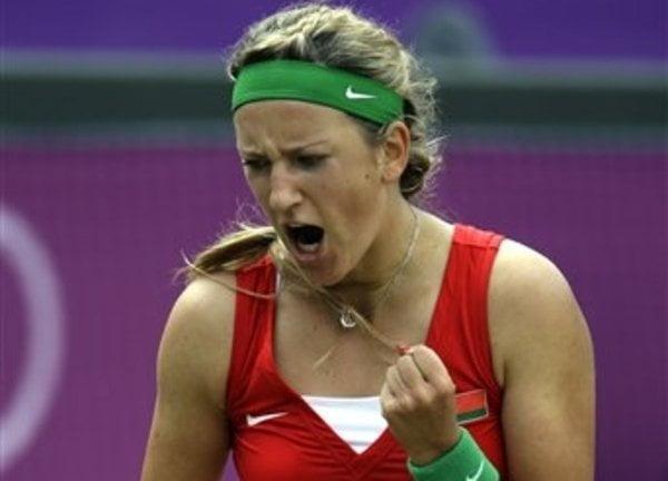 Victoria Azarenka continúa al tope del ranking femenino del tenis  a casi mil puntos de distancia sobre Radwanska