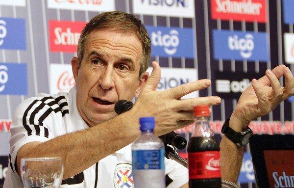 Gerardo Pelusso seleccionó  finalmente a 25 futbolistas para los encuentros de Paraguay ante Colombia y Perú por clasificatorias