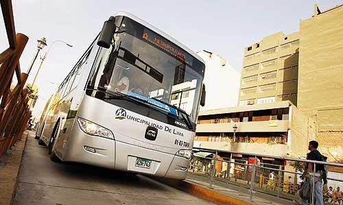 Empresarios también fueron estafados con buses chinos
