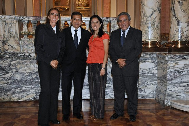 La entrenadora del equipo de menores fue recibida en Palacio de Gobierno