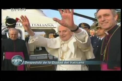 Benedicto XVI parte a Castel Gandolfo