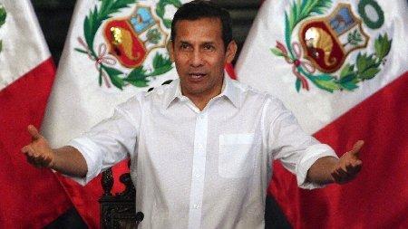 Ollanta Humala manos abiertas para la publicidad