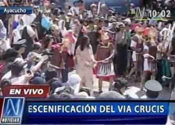 Miles de fieles participan en vía crucis en Ayacucho (Canal N)