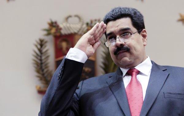 Nicolás Maduro arremete contra Roncagliolo y llama en consulta a embajador