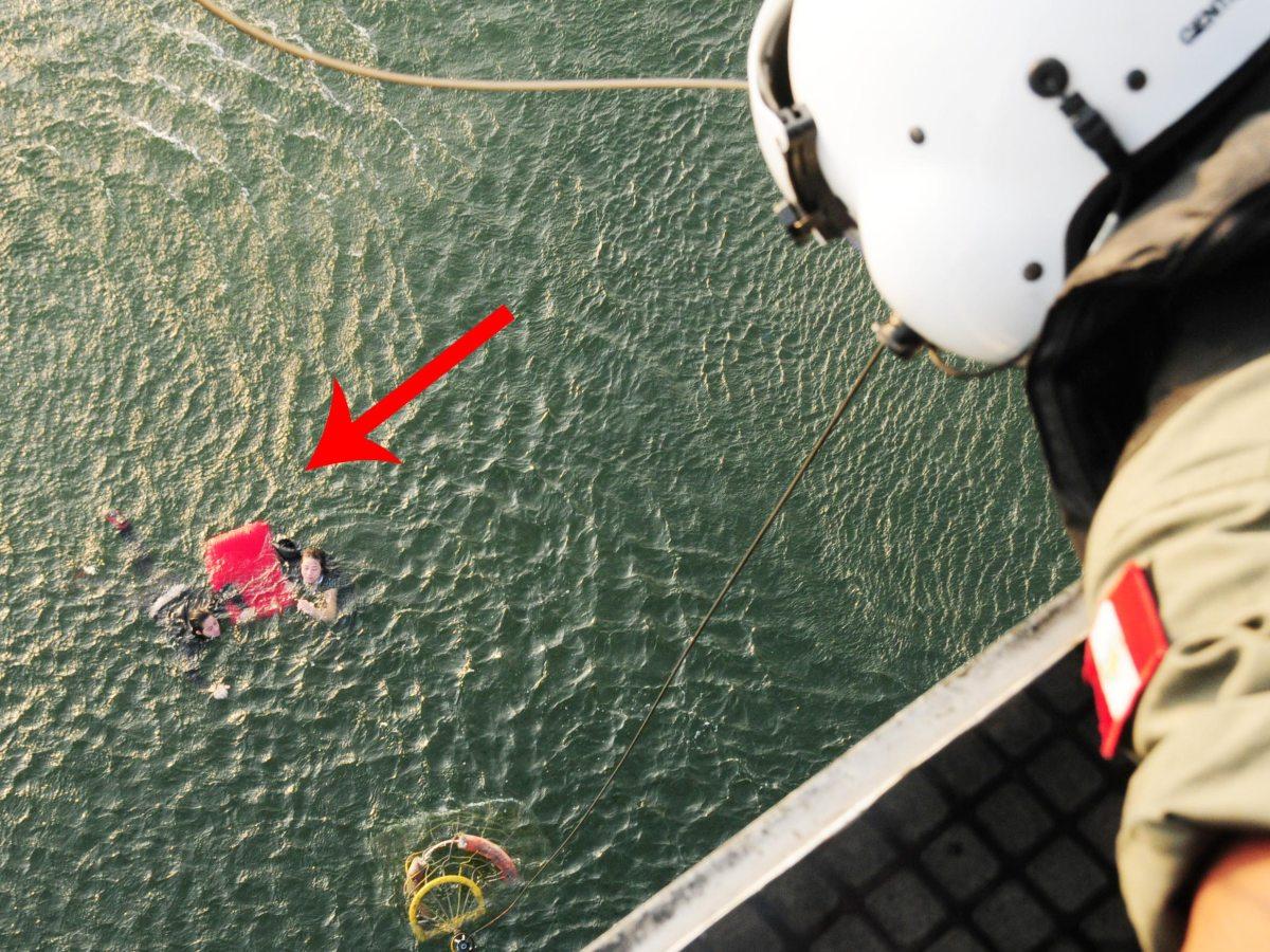 Así fue el rescate de cinco pasajeros del globo aerostático que cayó al mar (Fotos: Marina de Guerra)