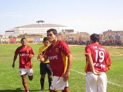 Atlético Torino sorprende al liderar el campeonato de segunda división.