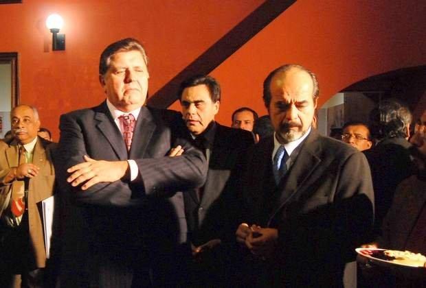 Humala no invitó a Alan para encuentro con líderes políticos según Mulder
