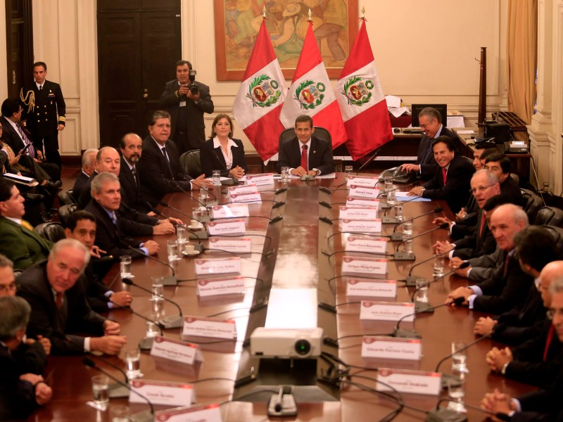 (Foto diario Correo) Ollanta Humala se reúne con líderes políticos de oposición