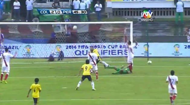 Perú vs Colombia: Teo Gutiérrez anotó segundo gol a los 44 minutos