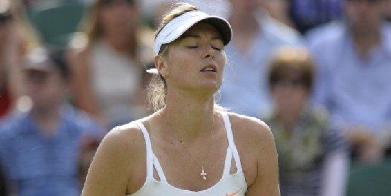 Camino libre para Serena Williams? Sharapova (en la foto) y Azarenka le dijeron adiós a Wimbledon.