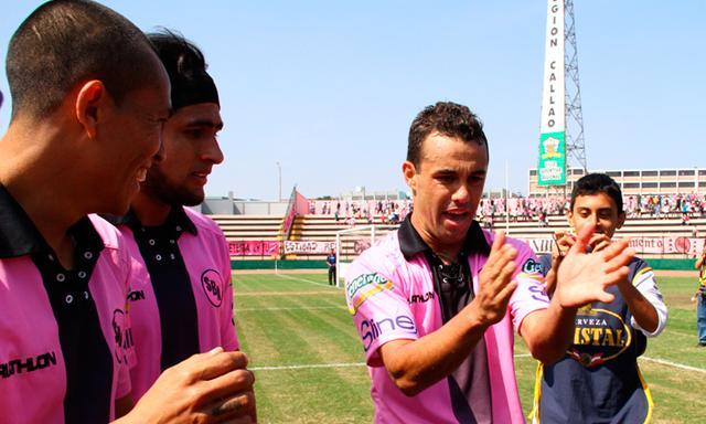 Leandro Franco (en la foto) fue artífice del triunfo rosado.