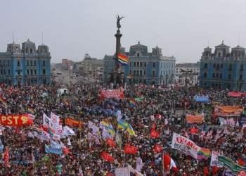 Ejecutivo promulga Ley del Servicio Civil pese a protestas de trabajadores