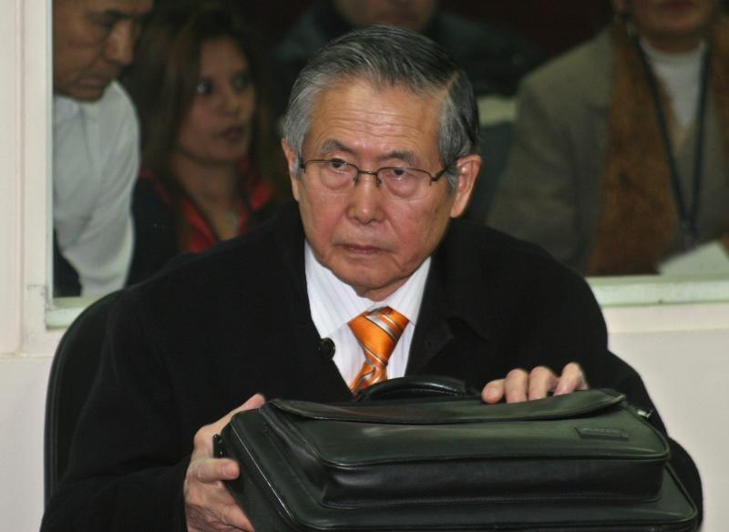 """(Audio) Fujimori pide """"hechos y no promesas"""" en mensaje por 28 de Julio"""