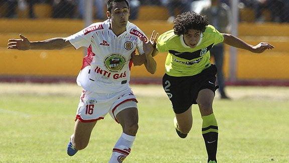 Atlético Nacional de Colombia fue superior al Inti Gas.