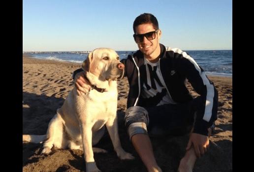 """Jugador del Real Madrid le puso """"Messi"""" a su adorado perro"""