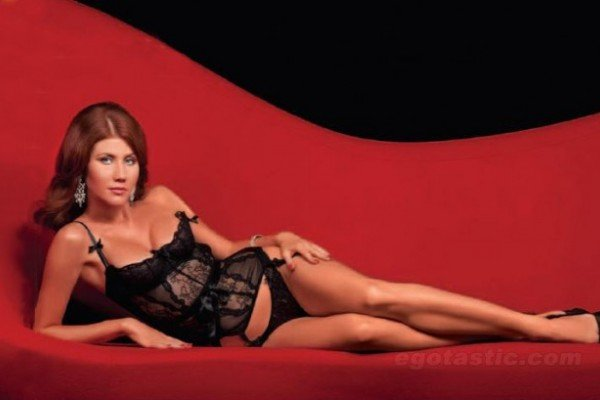 Anna Chapman, la sexy ex espía rusa (Fotos: Examiner, Therepublika, desktopbetty)