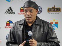 Roberto Mosquera ya no es DT del Sporting Cristal