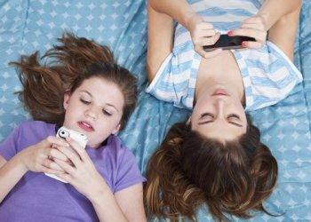 """¿Sabes qué significa si el novio de tu hija le textea un número """"8""""?"""