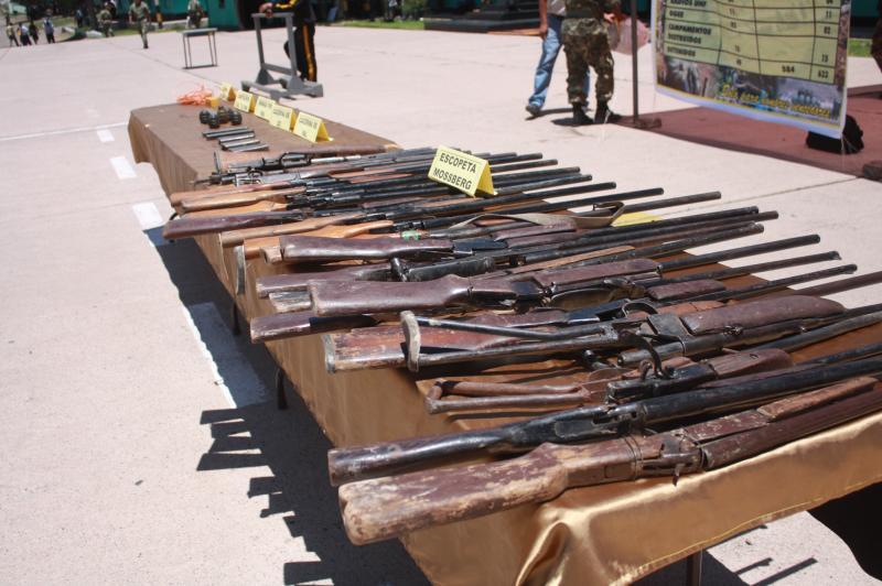 FFAA encuentran arsenal de Sendero Luminoso en Huanta - Ayacucho