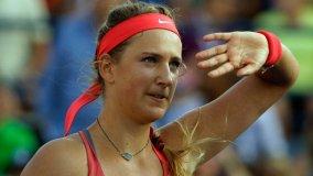 Victoria Azarenka  sacó adelante un partido difícil y avanzó a la ronda de octavos.