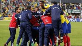 Celebración ecuatoriana tras derrotar a Uruguay.