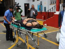 (Video) Karla Tarazona sufrió aparatosa caída en vivo