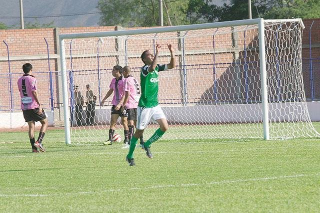 El club Los Caimanes de Puerto Eten ganó en el Callao y tomó la punta del torneo de ascenso.