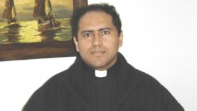 """Monseñor Bambarén: """"Obispo Abanto debe reconocer a hija"""""""