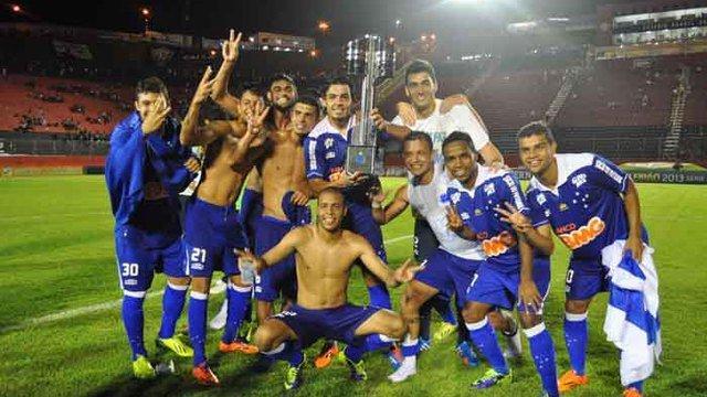 Cruzeiro se consagró campeón del fútbol brasileño 2013.