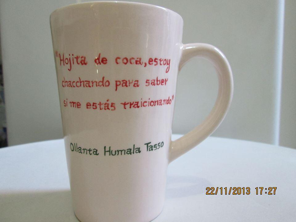 FOTO: Nancy Obregón le envía mensaje a Ollanta Humala en una taza