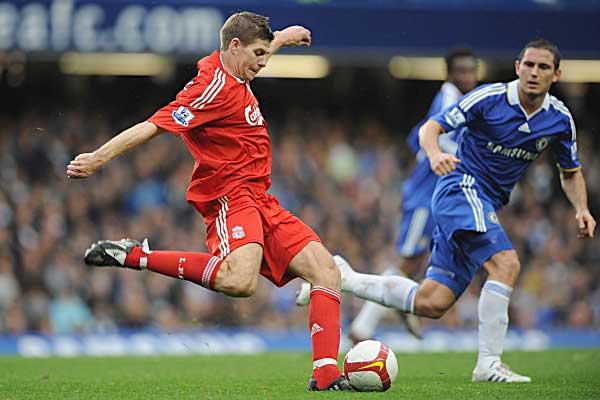 Chelsea y Liverpool protagonizarán un duelo imperdible por la Liga Inglesa.