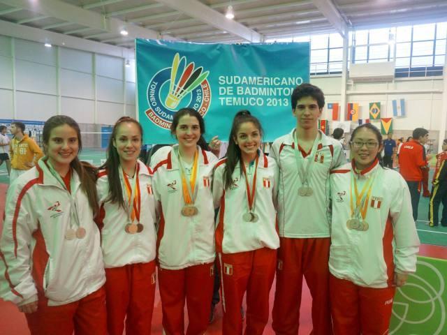 El equipo de Bádminton peruano de mayores logró el título sudamericano.