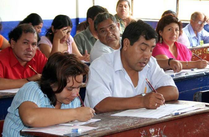 ¿Examen papaya?: Prueba para contratar docentes no incluyó matemáticas