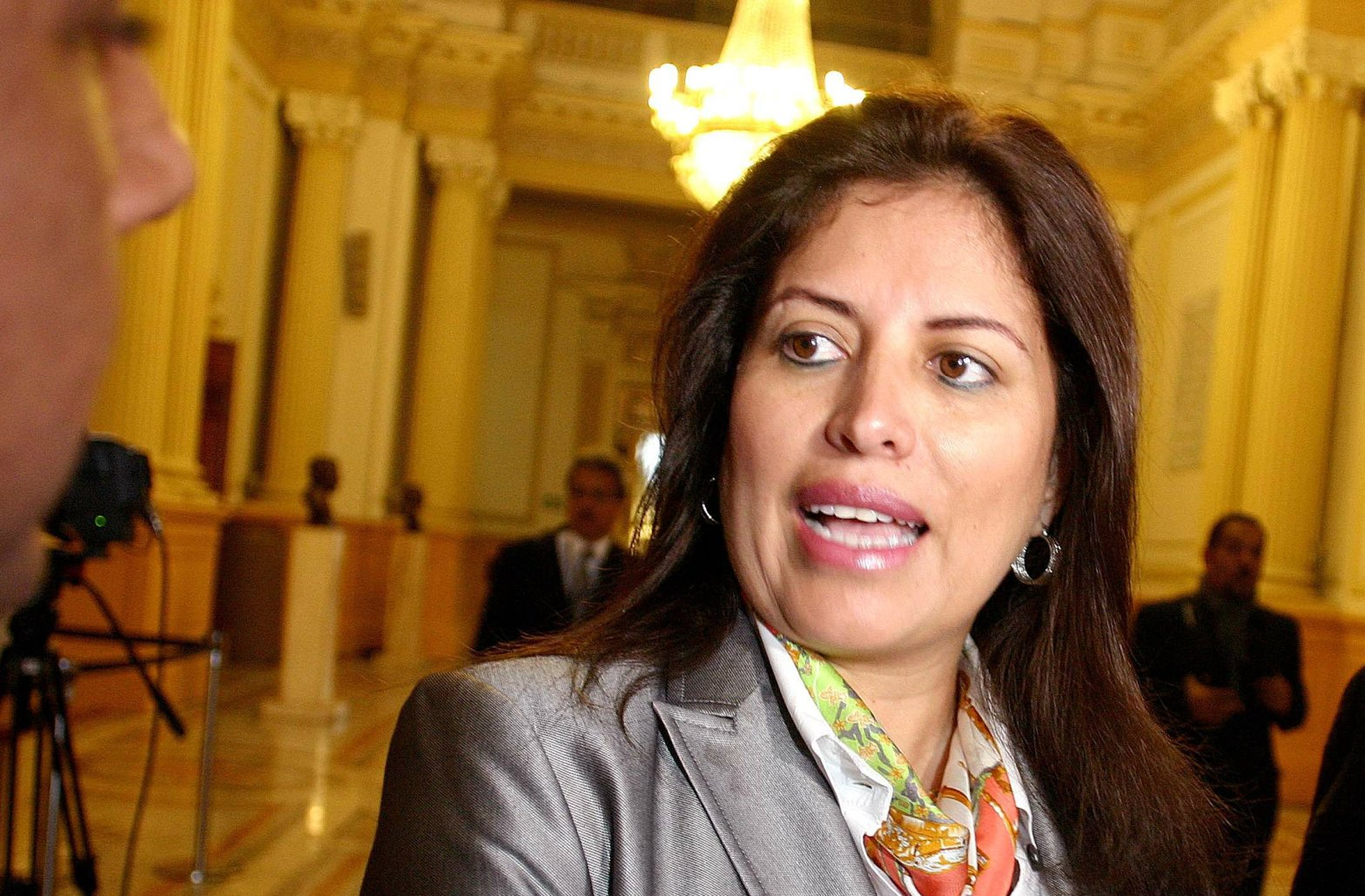 (Foto Tv Perú) Ministra Omonte ratifica:
