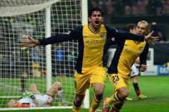 Diego Costa festejó eufórico el gol marcado ante el AC Milán.
