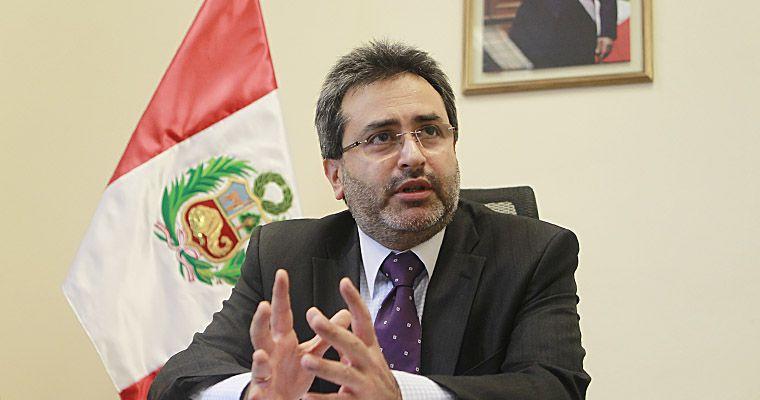 """(FOTO / El Peruano) Jiménez Mayor: """"Mucho cuidado, la Corte IDH podría reinvindicar a terroristas"""""""